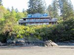 Arbutus Cove B&B Guesthouse and Cottages